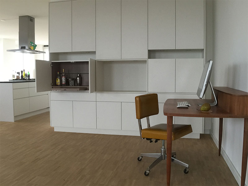 Woonkamer Met Boekenkast : Boekenkast en ensuite deuren klasieke woonkamer door studiopops
